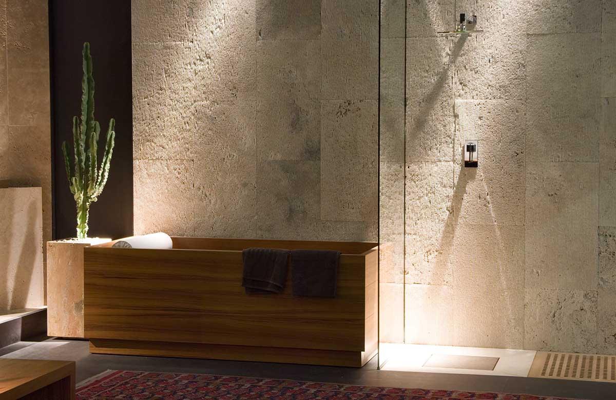 אמבטיות INLE בשילוב עץ
