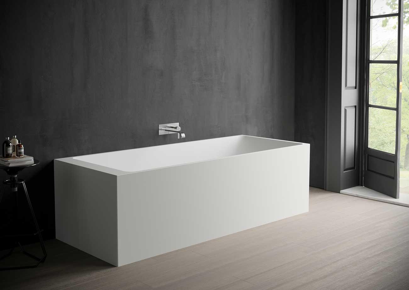אמבטיה מרובעת מבית NICOS